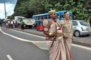 Bride makes world record wearing longest saree in her marriage!