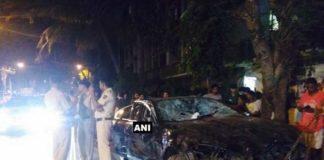Mumbai: Speeding Jaguar hits 10 vehicles, several injured