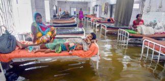 Heavy Rainfall: ICU at Patna's hospital has patients, and fish