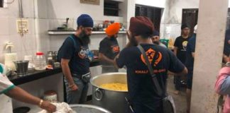 Khalsa aid reaches Kerala, floods hit Indian state