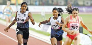 Athletes keep Indian flag afloat with golds from Apinder, Swapna