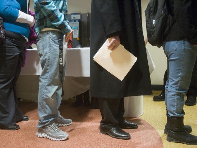 canada loses 51,600 jobs , report
