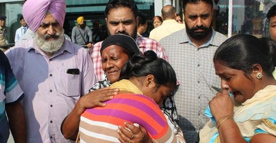 Fraudulent agents victim Punjabis Girl Reached Amritsar