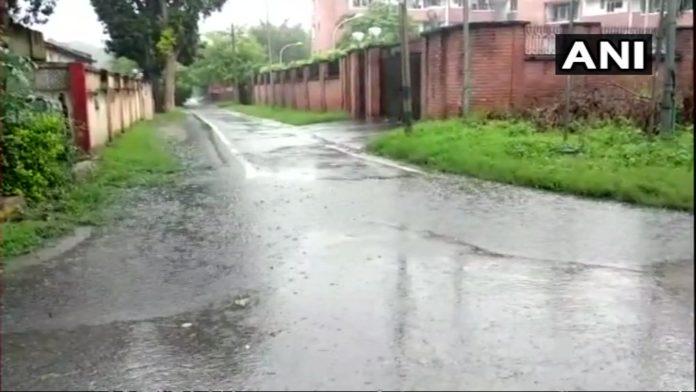 Heavy rain in Delhi, more shower in forecast for NCR