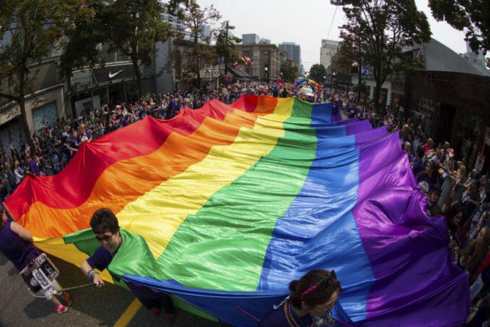 Section 377: SC to Deliver Verdict on Decriminalizing Gay Sex Tomorrow