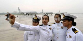 Indian Navy offers job opportunities for women who wish to join it