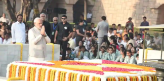 Gandhi Jayanti : PMModi pays homage, political leaders visit Rajghat