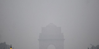 Cold day in Delhi, hazy morning likely on Saturday