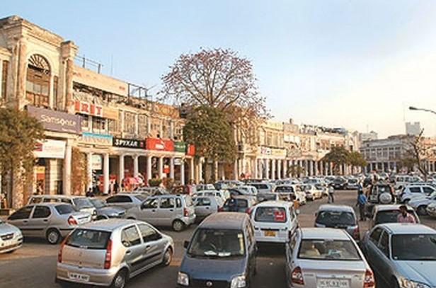 Delhi govt withdraws order on revised parking charges