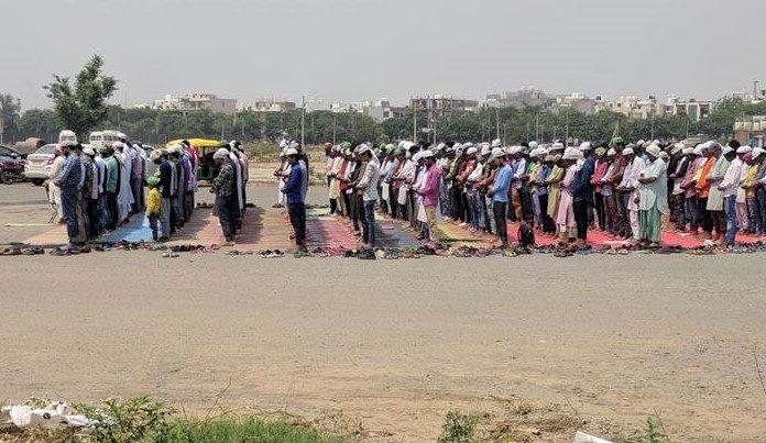 Noida namaz diktat: Opposition calls it 'arbitrary', BJP says issue being politicised
