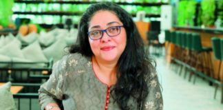 Meghna Gulzar pays tribute to 'maternal father' Gulzar