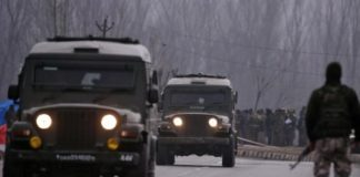 Curfew continues in Jammu for second day, Army presence stepped up