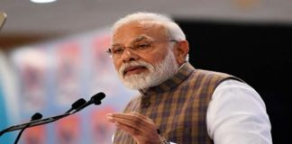 Can't work in silos: PM to scientists