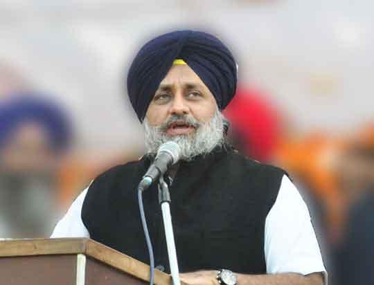 Sukhbir Badal Capt Amarinder Singh And Preneet Kaur On Statement