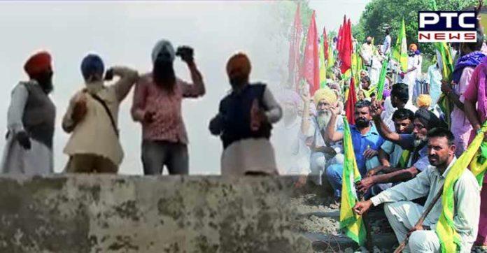 Dhuri Sugarcane farmers SDM office roof Protest