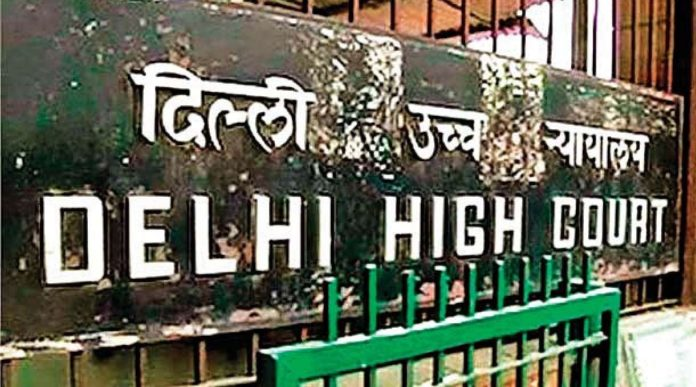High Court asks AAP govt to admit students in schools
