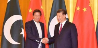 Chinese Prez Xi meets Imran Khan, calls for improvement of Indo-Pak relations