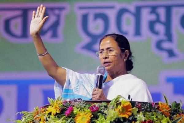 Bengal will offer Modi rosogolllas made of clay : Mamata