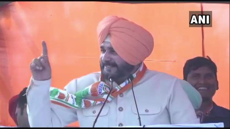 Election Commission Pulls Up Navjot Singh Sidhu Over Muslim Vote Appeal, Imposes 72-hour Campaigning Ban