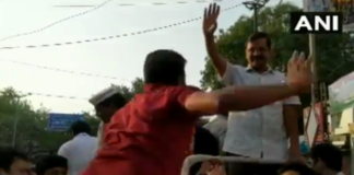 Kejriwal slapped by man in roadshow in Moti Nagar