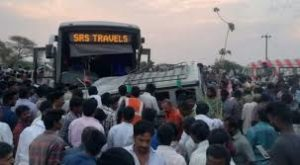 Andhra Pradesh bus collides with jeep 13 people killed