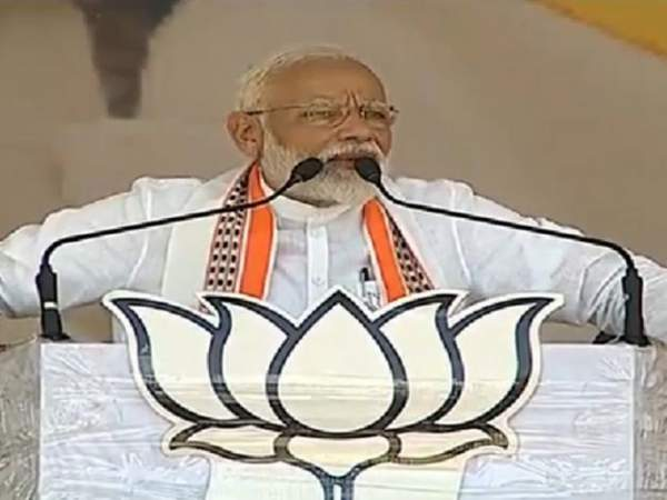 PM Modi recalls 1954 Kumbh stampede, contrasts it with this year's mela