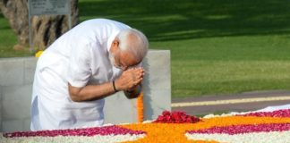 Before taking oath second time, PM Modi begins day at Rajghat, Vajpayee's memorial