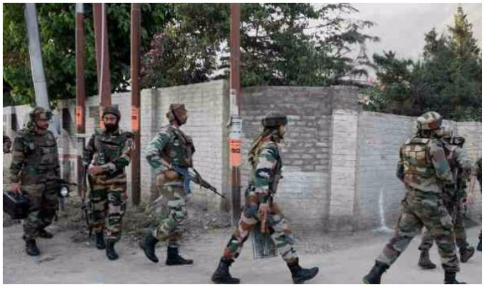 Jammu and Kashmir: At least one terrorist killed in an encounter in Baramulla