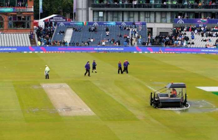 ICC World Cup 2019: India vs NZ semifinal Match to resume on Reserve Day as rain plays spoilsport