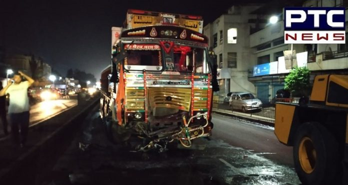 9 People Dead on spot in road accident on Pune-Solapur highway