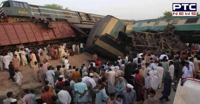 Pakistan Train Accident , 14 Killed, More 79 Injured