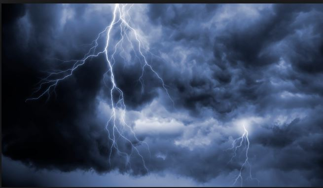Bihar thunderstorm 3 children including 8 people Death