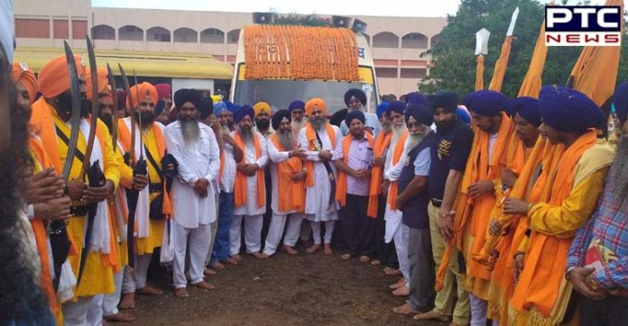 550th Parkash Purab: International Nagar Kirtan departs from Durganagar to Kolkata