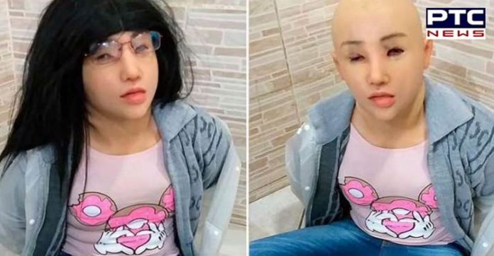 Gangster Girl-shaped mask And Clothes Run Try In Brazilian jail