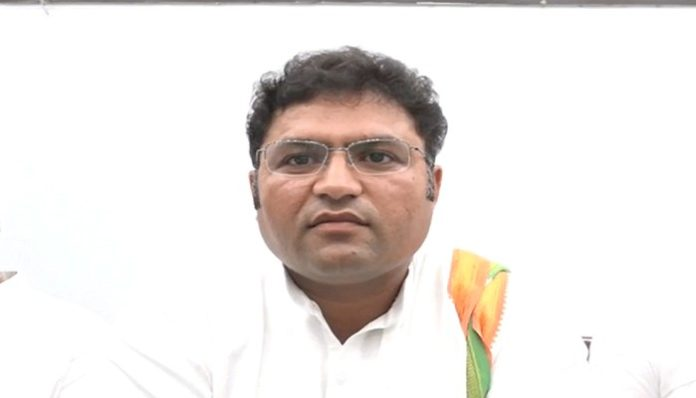 Ashok Tanwar 2