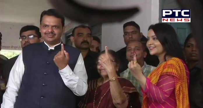 Maharashtra Assembly Elections 2019: CM Devendra Fadnavis and family cast their vote in Nagpur