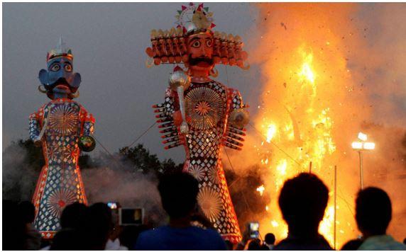 India celebrated Dussehra festival , Ravana, Kumbhakaran and Meghnad burn