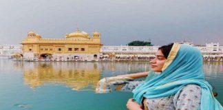 Bollywood Actress Janhvi Kapoor Visit Golden Temple Amritsar
