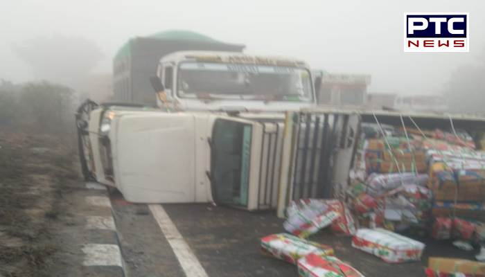 Two dozen vehicles clashed on highway, 2 people killed, more than a dozen injured