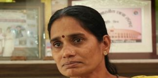I am extremely happy: Nirbhaya's mother on Hyderabad encounter | Hyderabad Horror