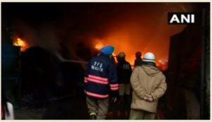 Delhi Mundka Area Furniture godown Fire , 21 fire brigade tenders present