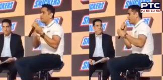 MS Dhoni sings Main Pal do Pal ka Shayar Hoon [VIDEO]