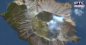 New Zealand White Island volcano eruption , One dead , many missing