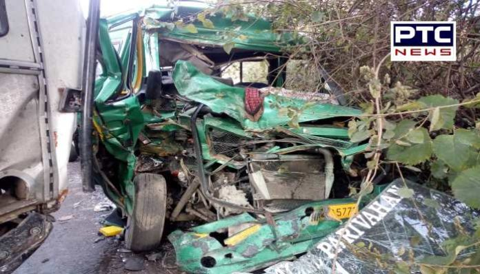 Truck collided with HRTC Tempo Traveller in Bilaspur of Himachal