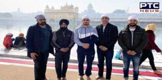 Amritsar: Punjabi singer Kulwinder Billa pays obeisance at Golden Temple