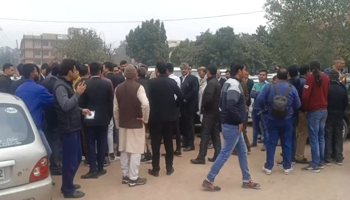 Fight between accused who sabotaged during Jat movement