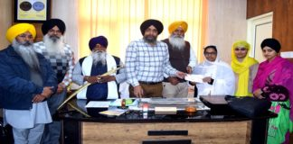 Mrs. Sadhana Patri Honored by the SGPC