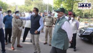 V.P. Badnore took to the Chandigarh roads to assess the situation of the city lockdown