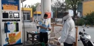 Petrol pump will not give oil to two wheeler rider without wearing mask