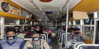 Coronavirus Himachal | Kashmiri laborers going back home from Shimla